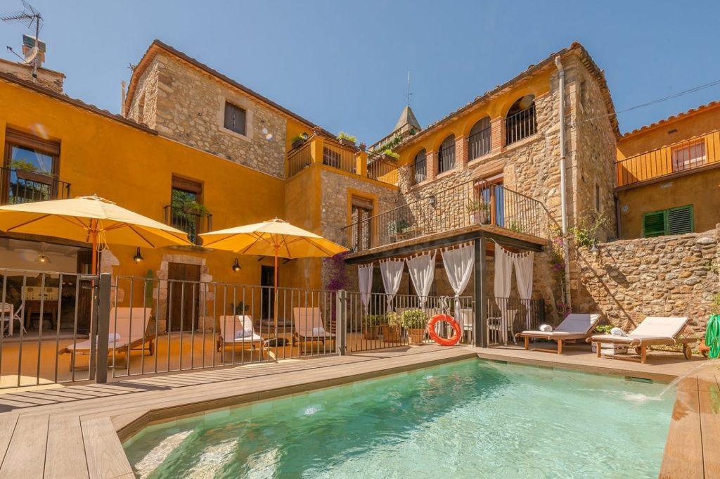 Casa rural amb piscina Girona
